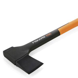 Axe universal FISKARS X10-S, length 445 mm, weight 1000 g, axe from fiberComp material