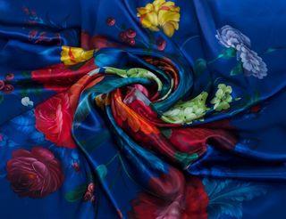 Zhostovo / Silk shawl
