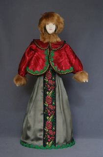 Doll gift porcelain. The boyar's daughter in winter costume. The late 18th and early 19th century. Center. Russia.