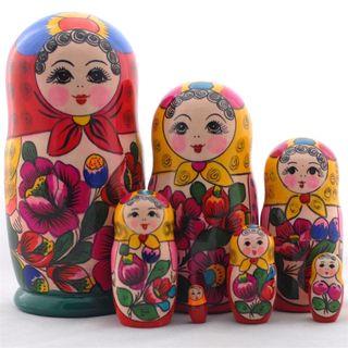 Matryoshka in red scarf 7 dolls Polkhovsky Maidan