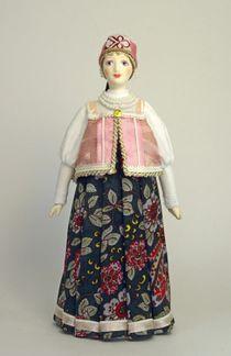 Doll gift. Maiden's festive costume, Late 19th century. Novgorod. Russia