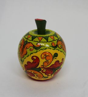 "The box is wooden ""Apple"" Boretskaya painting 6.5 cm"