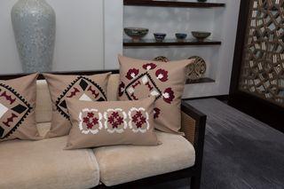 LA`AL Textiles / Bed runner - beige (b)