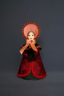 Doll gift porcelain. St. Petersburg girl in winter costume. 1820-30g. The European fashion.
