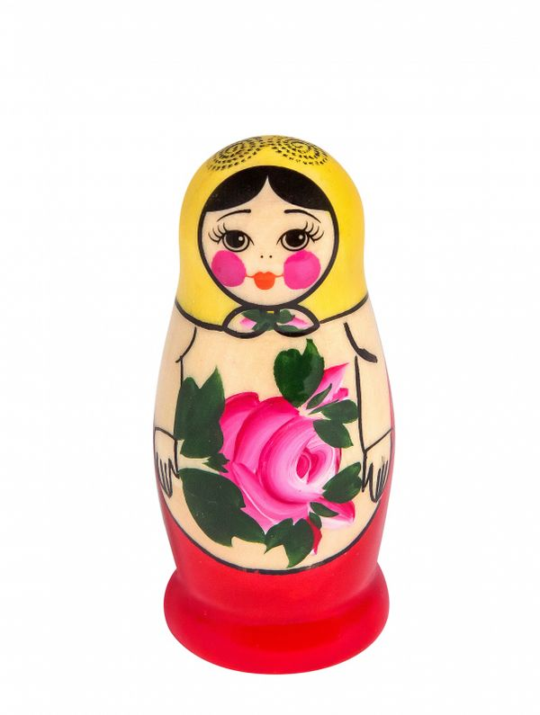Matryoshka traditional 3 dolls