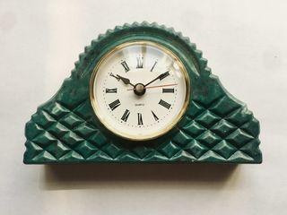 Arbet Marble / Mantel table clock Tuscany-vintage marble Arbet ™ Malachite (green)