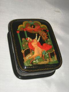 """Palekh lacquer miniature. Casket """"Firebird"""""""