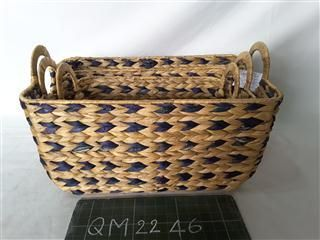 Lovely weaving pattern fashionable home furniture water hyacinth basket