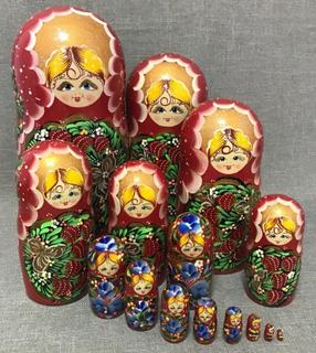 Matryoshka (15 seats) souvenir