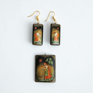 Palekh / Set of earrings and pendant, master Kuzmenko