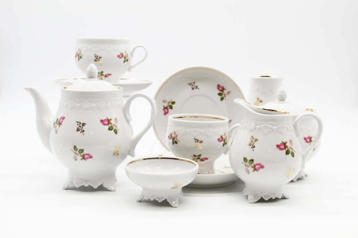 Dulevo porcelain / Tea set 22 pcs. Grape Vine Rose Wreath