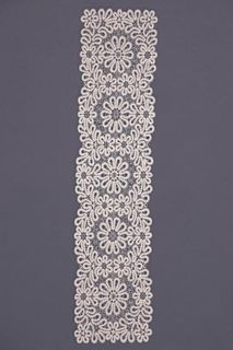 Carpet lace rectangular with floral ornament