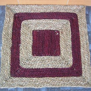 Colored wicker mat