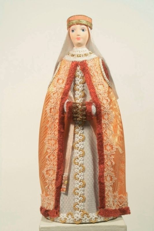 Doll gift. The boyar's daughter. Moscow. The middle of the 17th century.