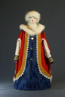 Doll gift porcelain. Boyarynya in Opishne. Russia 15-17 centuries.