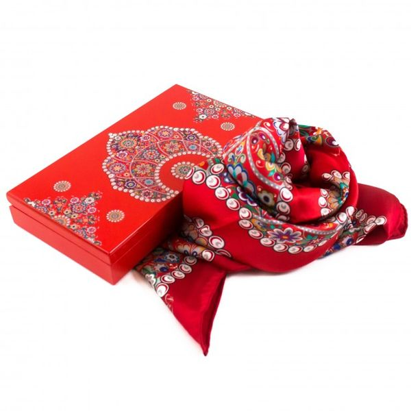 Scarf from natural silk in the gift box 'Kokoshnik'