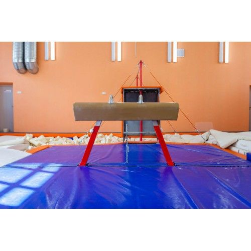 FSI Analytica / Mat pad for gymnastic horse 4x4x0.2m