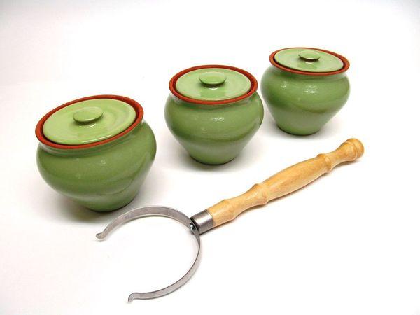 Vyatka ceramics / Set 1/3, 3 pots, 0.7 l each. (light green)