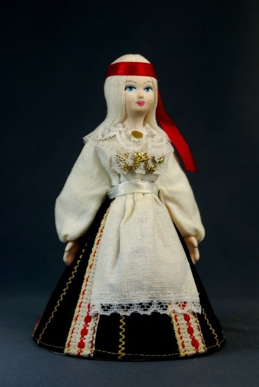 Doll gift porcelain. Estonia. Girlish summer suit. Late 19th - early 20th century.