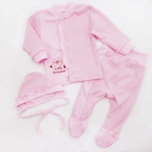 Set for a newborn: blouse, romper, cap