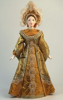 Doll gift. Vologzhanka in traditional festive costume.