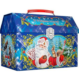 """New Year's gift Chest """"Visiting the Fairy Tale"""", a set of sweets 900g."""