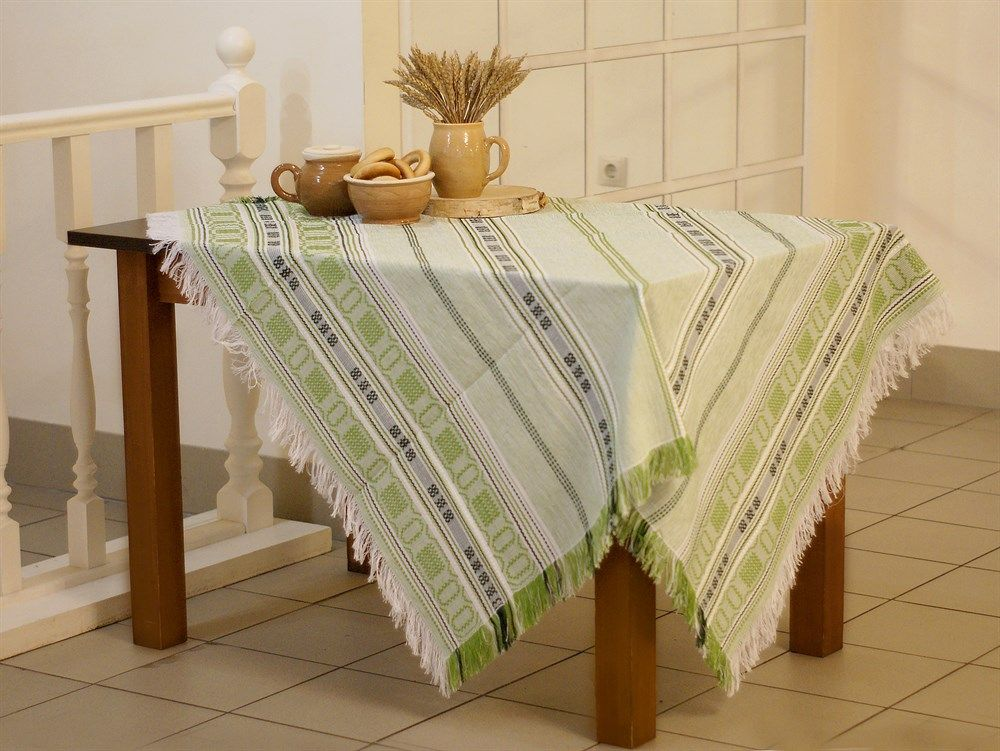 "Tablecloth ""Summer red"", color of embroidery: red, green, beige, 170x134"