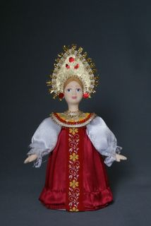 Doll gift porcelain. Maiden costume. Center. Russia.