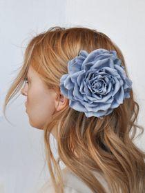 Brooch hairpin Rose gray