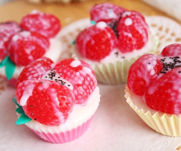 Strawberry cheesecake soap sweets milotto