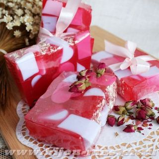 Aroma of Love 1kg whetstone - handmade solid shower gel
