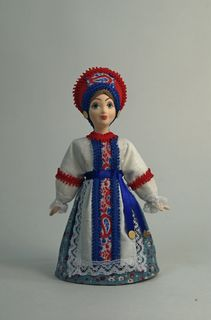 Doll gift porcelain. Girlish summer traditional costume. 18-19 century. Russia.