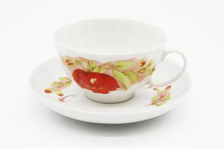 Dulevo porcelain / Tea cup and saucer set, 12 pcs., 275 ml White swan Red flowers