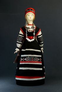 Doll gift porcelain. Pskov and Livonia lips. Suit the Estonians-Seto. Late 19th - early 20th century.