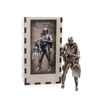 The DIVER figurine