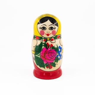 Russian woman - traditional nesting doll, 5 dolls