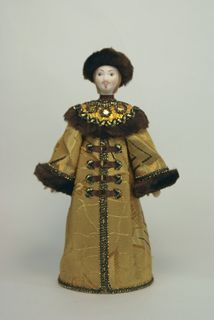 Doll gift porcelain. The Moscow Prince in ceremonial costume. 17th century. Rus.