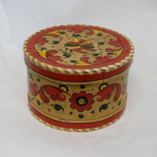 "Box of birch bark ""Pyermogori painting"" round 10 cm"