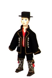 Doll gift. The Norwegian men's suit. (a smaller version of model No. 1327).