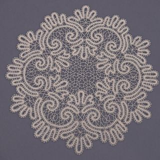 Doily lace with pattern in the form of a wreath with swirls