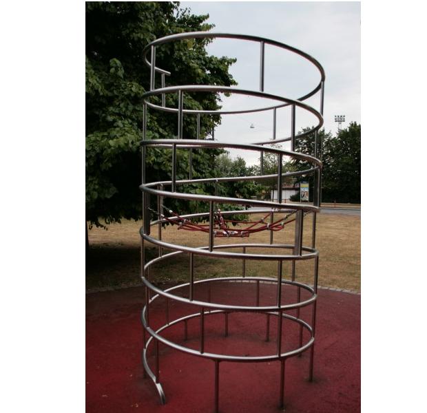"Hercules / ""Centrifuge"" climbing structure"