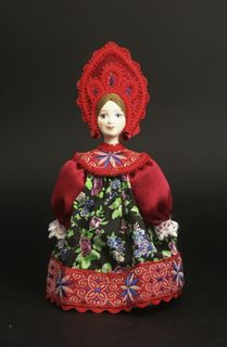 Doll gift porcelain. Maiden costume (styling). Center. Russia. Late 19th - early 20th century.