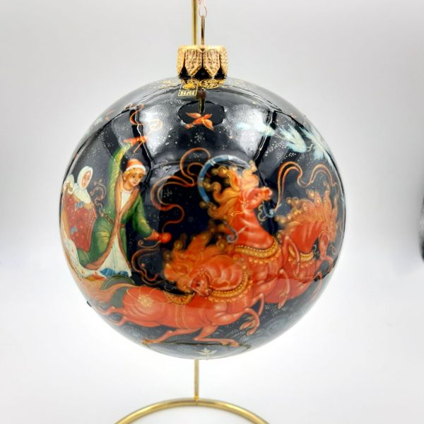 "Palekh / Christmas tree ball ""Troika"" glass, master Rybakina"