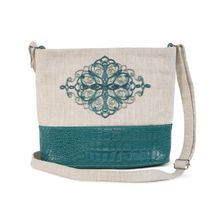 Linen bag 'Quadrille' green with silk embroidery