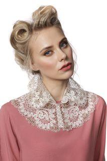 Chic collar No. 56, Madame Cruje