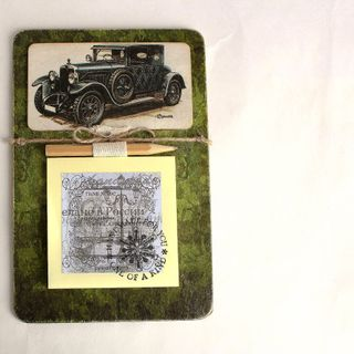 Handmade Men's Souvenir Fridge Magnet Retro Car with Note Pad