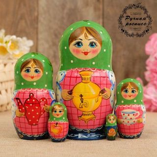 Matryoshka Samovar 5 dolls, green scarf