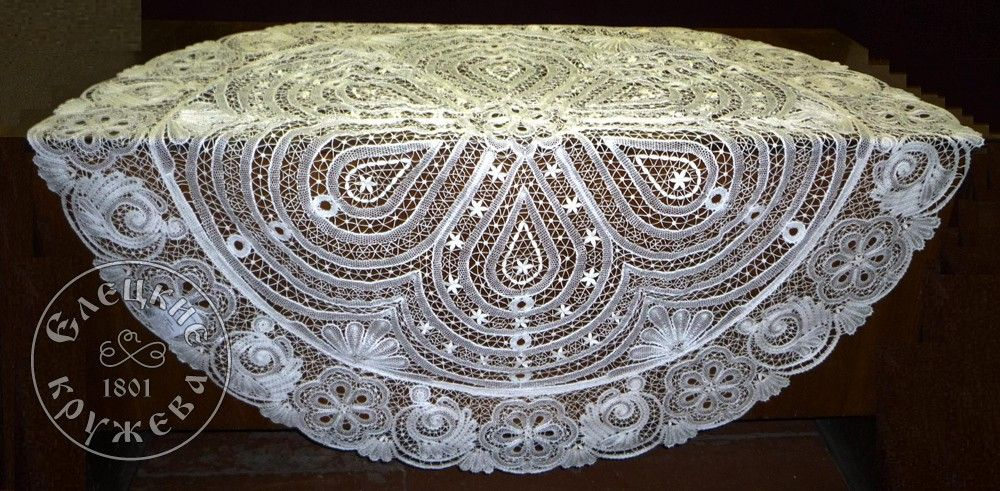 Yelets lace / Lace oval tablecloth