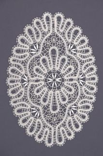 Doily lace oval, the author Smirnova, T. N.