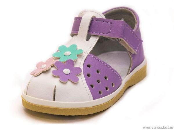 Children's sandals for the girl 0-96